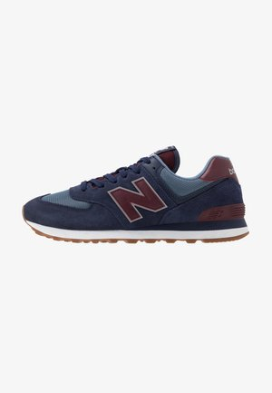 574 - Baskets basses - navy/red