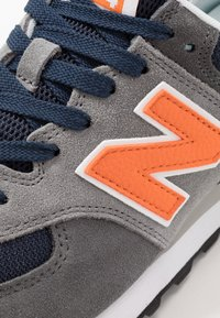 New Balance - 574 - Trainers - grey/navy - 5