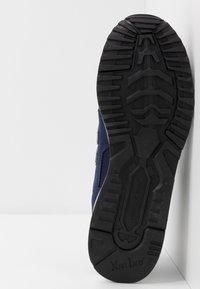 New Balance - 570 - Sneakers basse - navy/white - 4