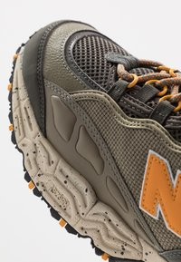 New Balance - 801 - Sneakers basse - green/orange - 5