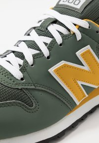 New Balance - 500 - Sneakersy niskie - green