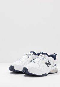 New Balance - MX624 - Sneakers - white/navy - 2