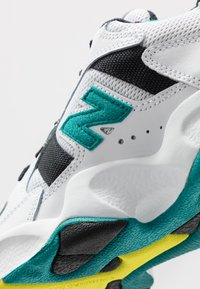 New Balance - ML650 - Sneakers - white - 5