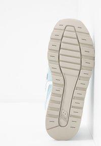New Balance - Sneaker low - light blue - 5