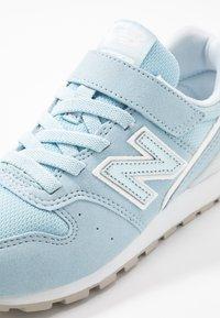 New Balance - Sneaker low - light blue - 2