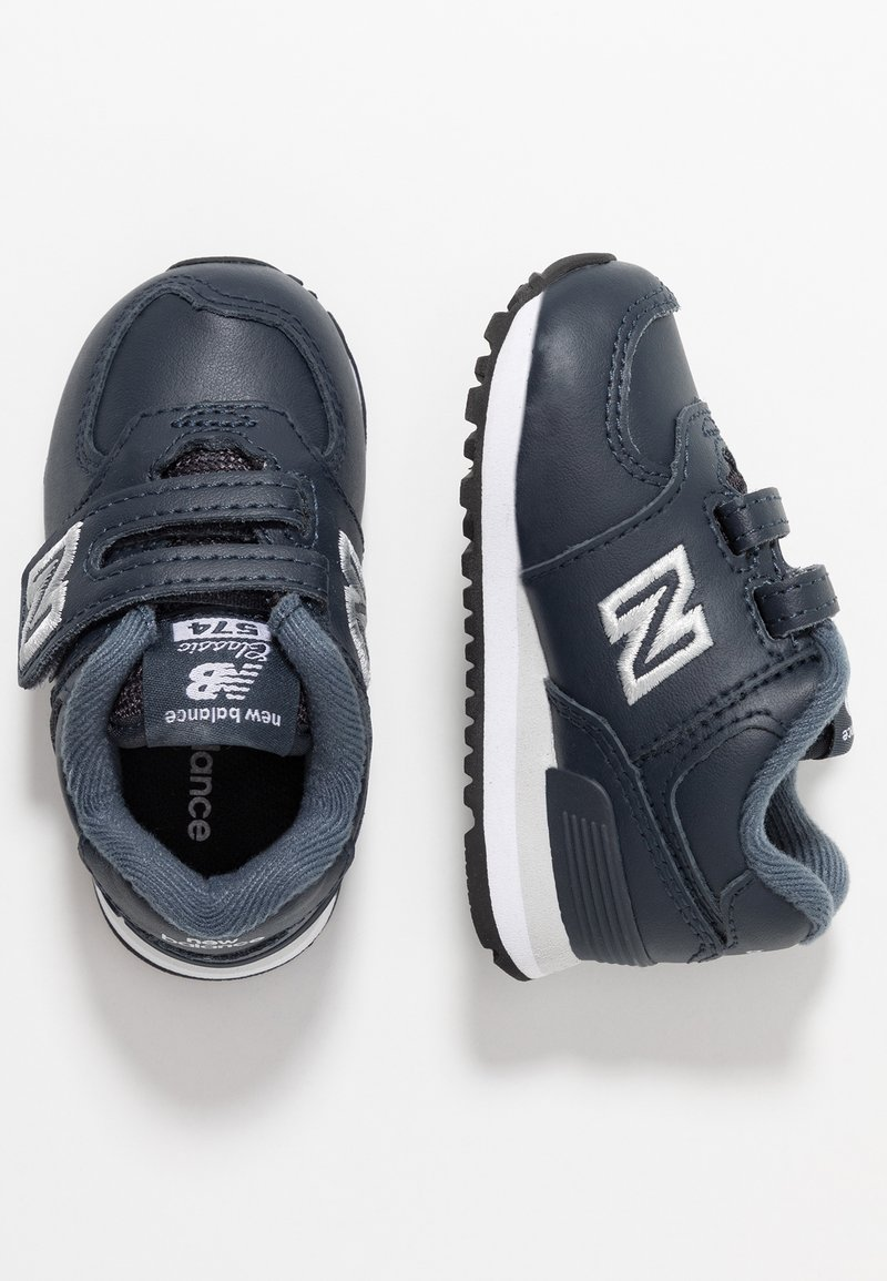 New Balance - IV574ERP - Trainers - navy