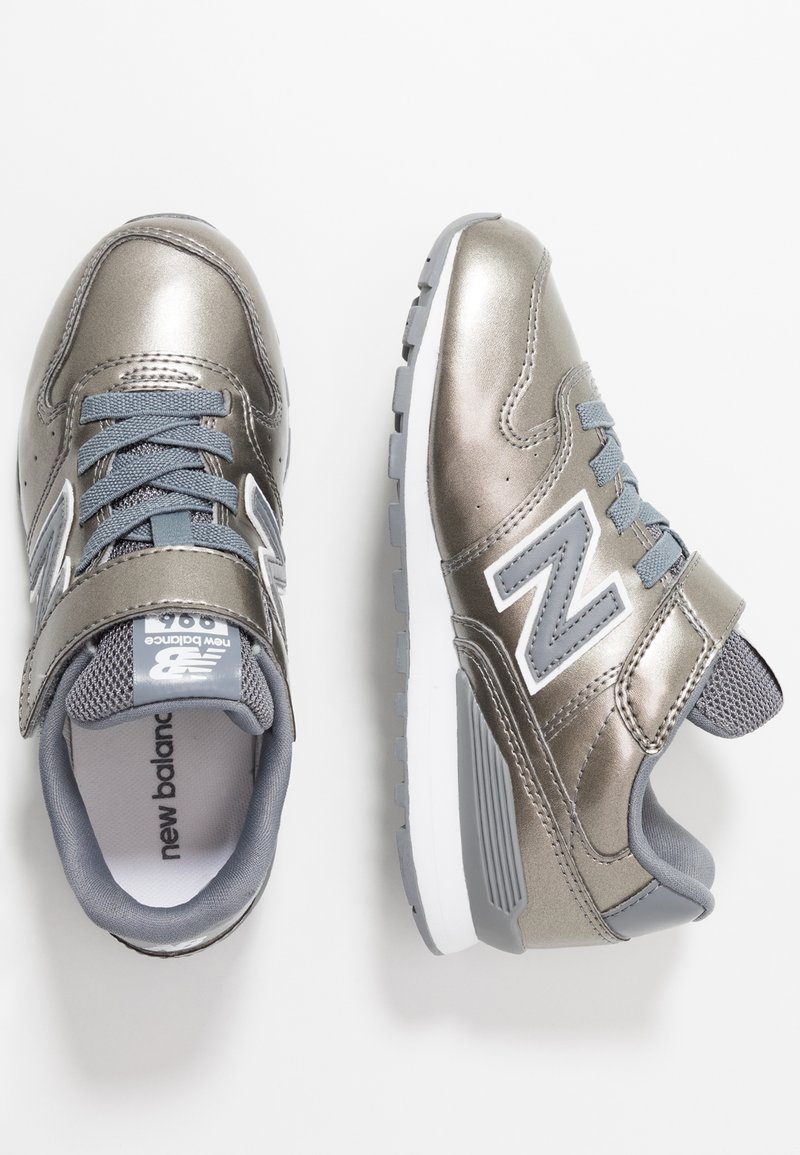 New Balance - YV996GB - Matalavartiset tennarit - silver