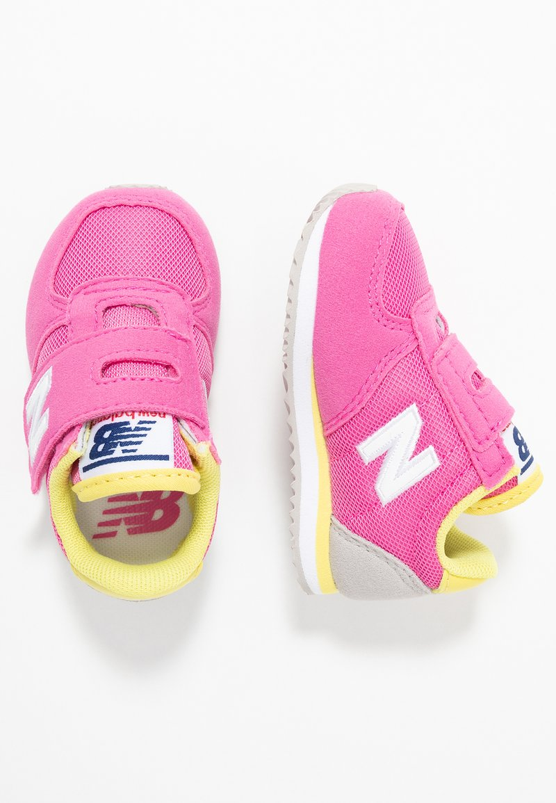 New Balance - IV220PKY - Trainers - pink