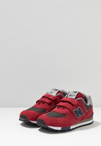 New Balance - YV574FNG - Joggesko - red - 3