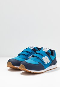 New Balance - YV574DMB - Sneakersy niskie - blue - 3