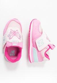 New Balance - IV574MCK - Sneakersy niskie - pink - 0