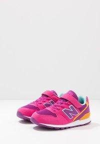 New Balance - YV996TRL - Sneaker low - magenta - 3