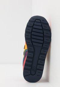New Balance - YV996TRL - Tenisky - multicolors - 5