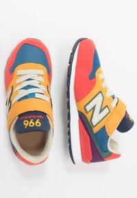 New Balance - YV996TRL - Tenisky - multicolors - 0
