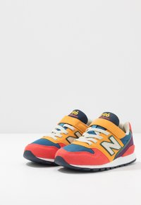 New Balance - YV996TRL - Tenisky - multicolors - 3