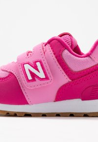 New Balance - IV574DMP - Sneakers basse - pink - 2