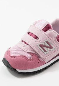 New Balance - IV373KP - Sneakers laag - madder rose - 2