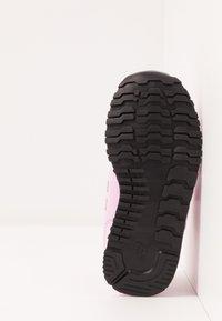 New Balance - IV500RK - Sneaker low - pink - 5