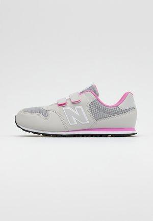 YV500RI - Zapatillas - grey/pink