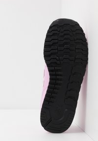 New Balance - YV500RK - Trainers - pink - 5