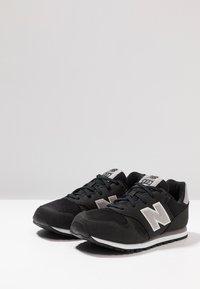 New Balance - Sneaker low - black - 3