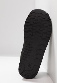 New Balance - Sneaker low - black - 5