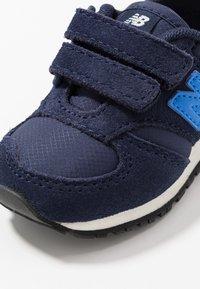 New Balance - IV420SB - Sneakers basse - navy - 2