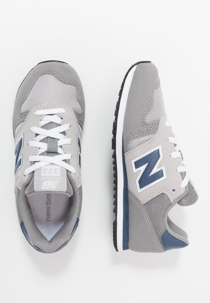 New Balance - YC373KG - Sneakersy niskie - grey/navy