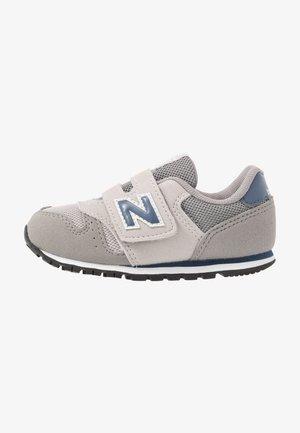 IV373KN - Sneaker low - grey/navy