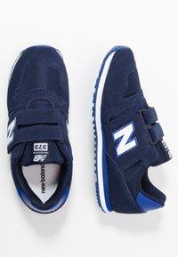 New Balance - YV373SG - Zapatillas - pigment - 0