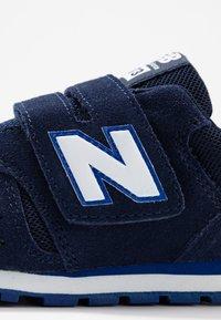 New Balance - YV373SG - Zapatillas - pigment - 5