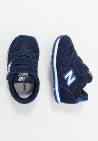 New Balance - IV373SB - Zapatillas - pigment - 0