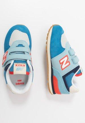 IV574SOU - Trainers - blue