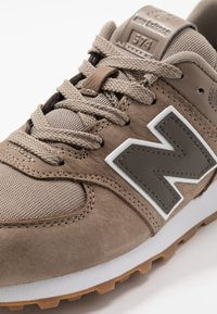 New Balance - PC574PRN - Baskets basses - brown - 2
