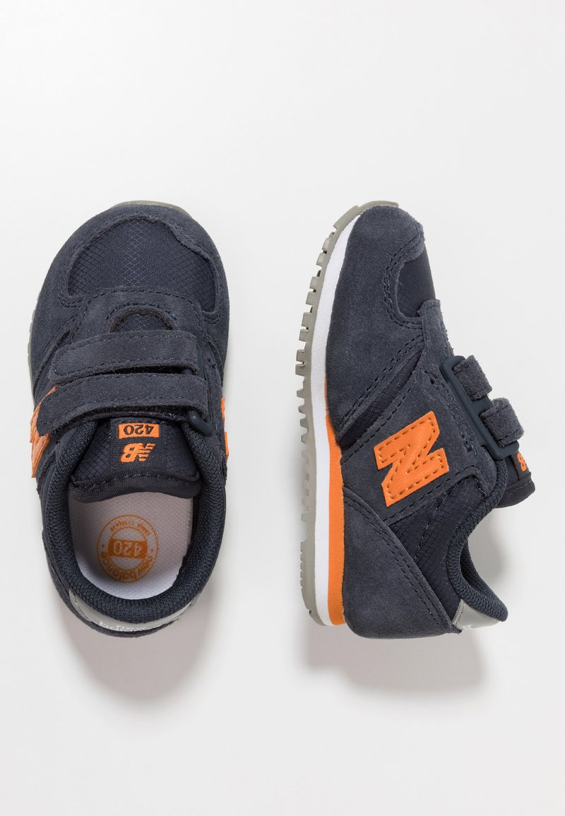 New Balance - IV420BY - Sneaker low - outer space