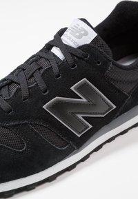 New Balance - ML373 - Sneakersy niskie - black - 5
