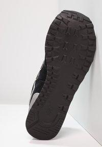 New Balance - 574 - Sneakersy niskie - black - 4