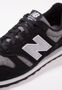 New Balance - ML373 - Sneakersy niskie - black/white - 5