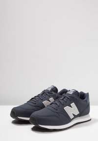 New Balance - GM500 - Sneakers laag - navy - 2