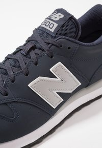 New Balance - GM500 - Sneakers laag - navy - 5