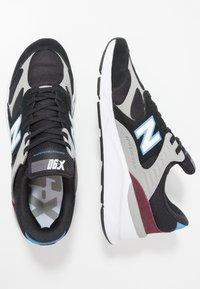 New Balance - MSX90 - Sneakers - black - 1