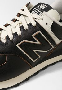 New Balance - ML574 - Sneaker low - black - 5