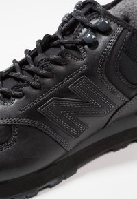 New Balance - MH574 - Sneakers laag - black - 5