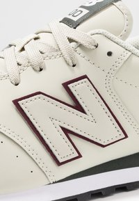 New Balance - GM500 - Sneaker low - red/grey - 5