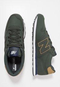 New Balance - GM500 - Sneakers - green - 1