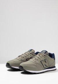 New Balance - GM500 - Sneakers - tan - 2