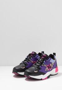 New Balance - MX608 - Matalavartiset tennarit - purple - 2
