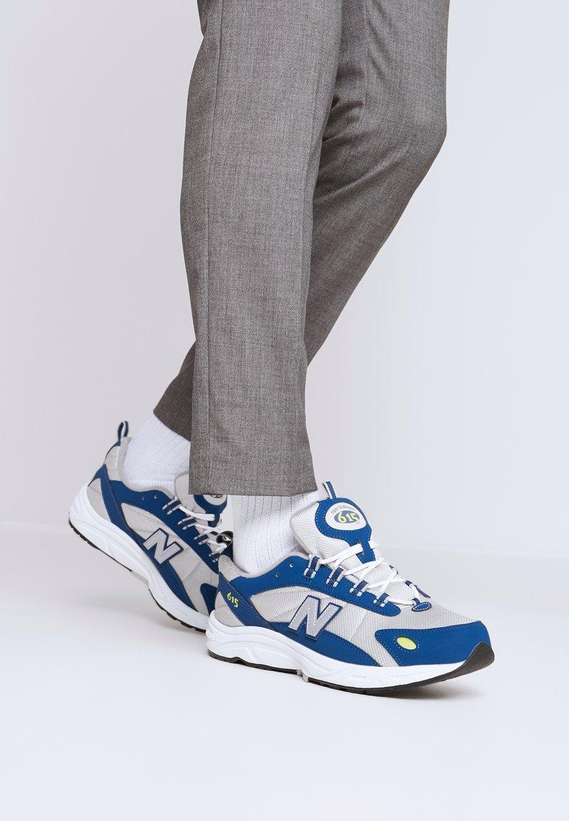New Balance - ML615 - Tenisky - white/blue