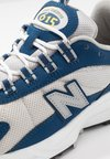 New Balance - ML615 - Zapatillas - white/blue