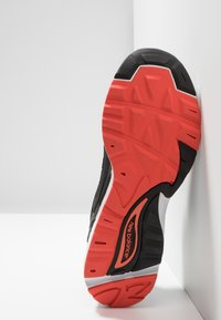 New Balance - CM878 - Sneakers - green - 4